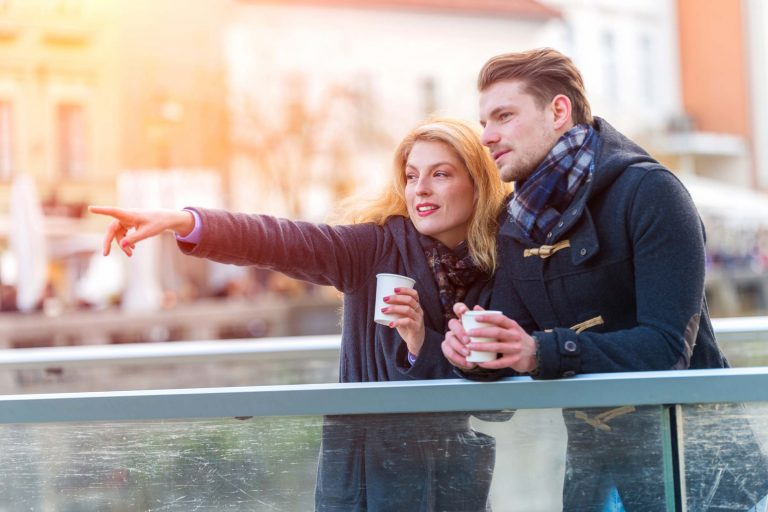 Best dating apps for singles over 40-1