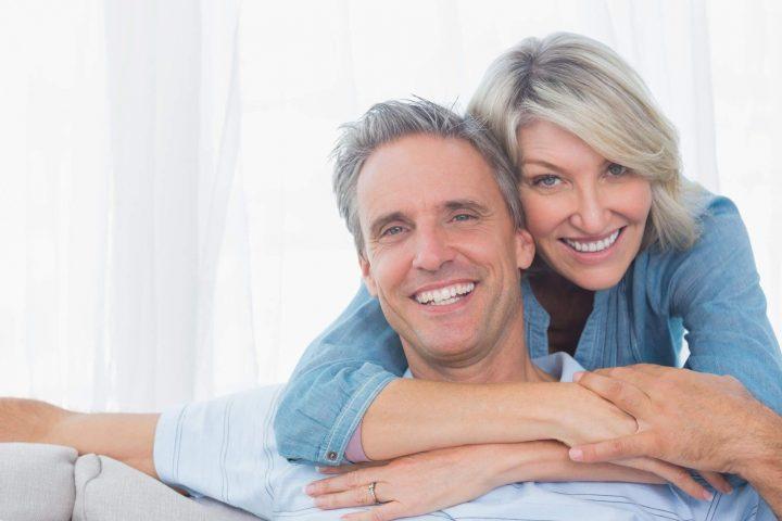 Hoe om te gaan met dating oudere man